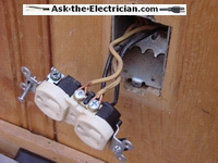 Illegal open air electrical splice